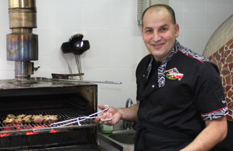 Николас Юссеф, ресторатор