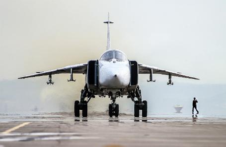 Посадка Су-24.