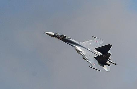 Су-27.