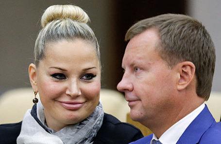 Член комитета Госдумы по культуре Мария Максакова и член комитета Госдумы по безопасности и противодействию коррупции Денис Вороненков.