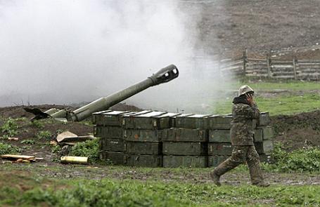 Вооруженный конфликт в Нагорном Карабахе.