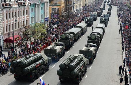 Во время военного парада, посвященного 71-й годовщине Победы в Великой Отечественной войне.