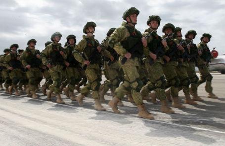 Генеральная репетиция парада Победы на авиабазе Хмеймим в Сирии.