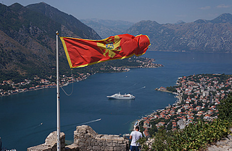 Черногория, вид на Которский залив.