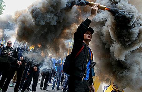Марш активистов батальона «Азов» в Киеве, 20 мая 2016.