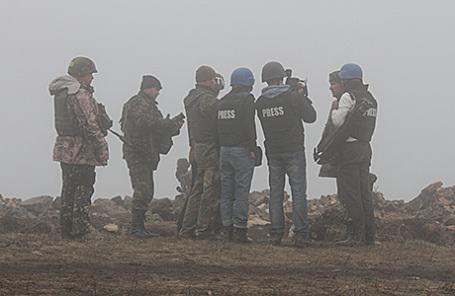 Журналисты в зоне боевых действий на Украине.