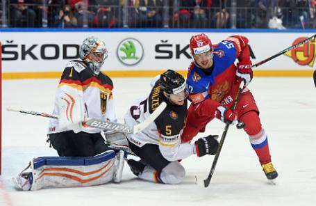 Матч между сборными РФ и Германии по хоккею.