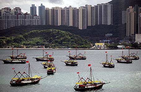 Вид на залив Виктория в Гонконге.
