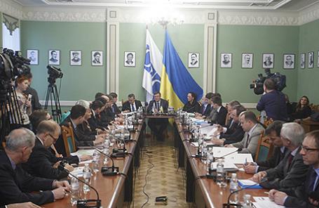 Переговоры по Приднестровью в формате «5+2» в Киеве, 2013 год.