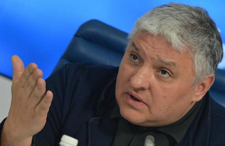 Игорь Бухаров.