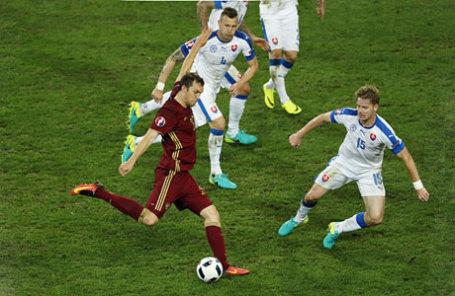 Во время матча чемпионата Европы по футболу - 2016 между сборными командами России и Словакии.