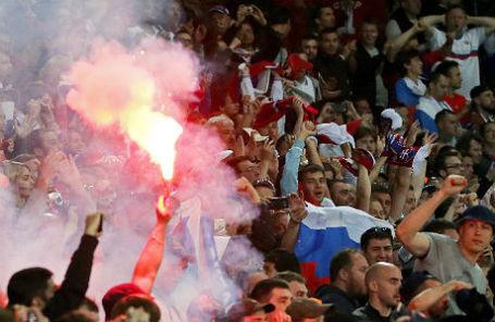 Болельщики на чемпионате Европы по футболу.