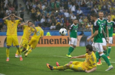 Матч Украина — Северная Ирландия на ЧЕ-2016