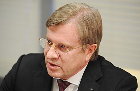 Виталий Савельев.