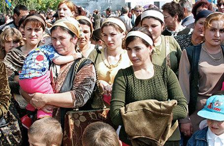 https://cdn.bfm.ru/news/maindocumentphoto/2016/06/23/chechen.jpg