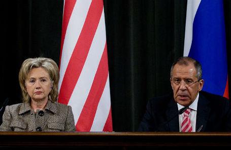 Хиллари Клинтон и министр иностранных дел РФ Сергей Лавров.