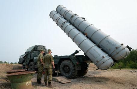 Зенитно-ракетный комплекс С-300.