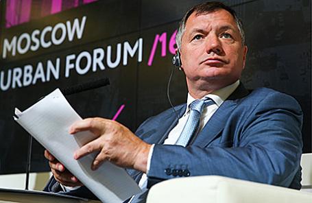 Заместитель мэра Москвы в правительстве Москвы по вопросам градостроительной политики и строительства Марат Хуснуллин на открывающей пленарной сессии в рамках Московского урбанистического форума.