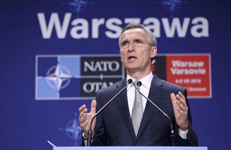 Генеральный секретарь НАТО Йенс Столтенберг выступил на пресс-конференции во время саммита НАТО в Варшаве.