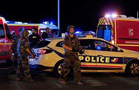 Террорист изНиццы прикидывался доставщиком мороженого