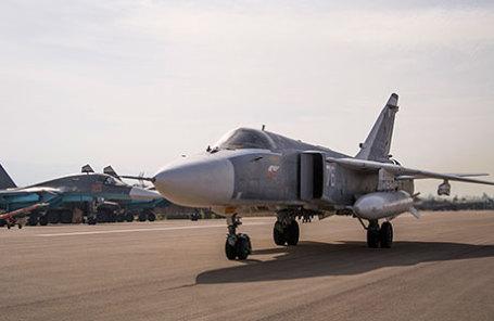 Самолет СУ-24.