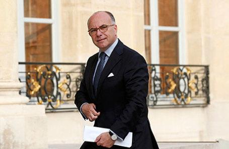 Глава МВД Франции - Бернар Казнёв.