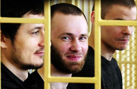 Фигуранты дела «приморских партизан» Владимир Илютиков и Александр Ковтун (слева направо) на повторном рассмотрении дела