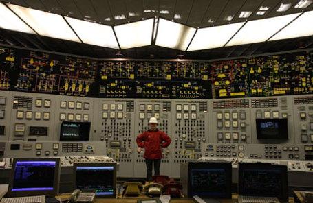 В машинном зале Нововоронежской АЭС в городе Нововоронеж.