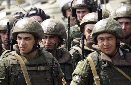 Совместные антитеррористические учения Росгвардии и Минобороны РФ в Волгоградской области.