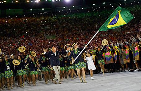 Сборная Бразилии на церемонии открытия Летних Олимпийских игр в Рио-де-Жанейро.