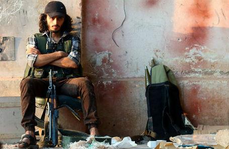 Повстанец в Алеппо.