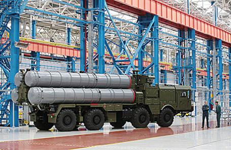 Пусковая установка зенитных ракет комплекса С-400.
