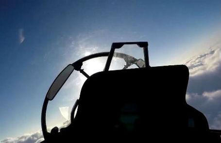 Вид из кабины пилота во время нанесения авиационного удара ВКС РФ с иранского аэродрома Хамадан.