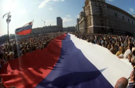 Защитники демократии на Манежной площади, август 1991 года.