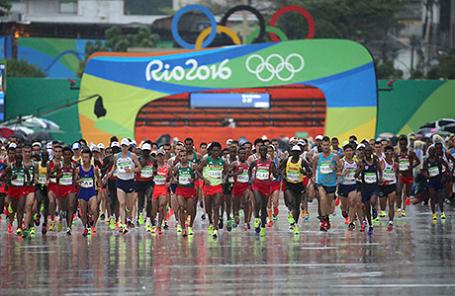 Мужской марафон в последний день Олимпиады в Рио-де-Жанейро.