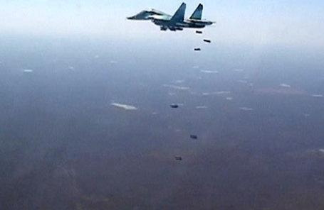 Российский истребитель-бомбардировщик Су-34, располагающийся ранее на авиабазе Хамадан в Иране.