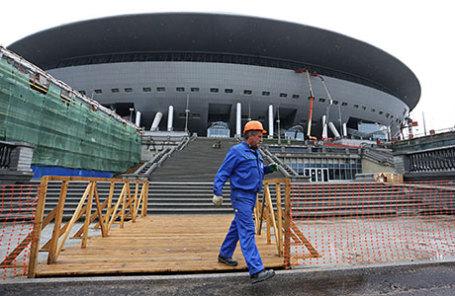 Вид на стадион «Зенит Арена» («Питер Арена»).