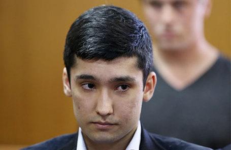 Сын вице-президента «Лукойла» Руслан Шамсуаров, обвиняемый по уголовному делу в отношении участников гонки на внедорожнике Mercedes-Benz Gelandewagen, перед началом рассмотрения дела в Гагаринском суде.