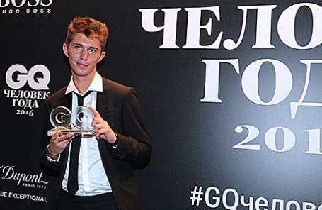 Корреспондент издания «Медиазона» Никита Сологуб, победивший в номинации «Журналист года», на церемонии вручения премии «Человек года» по версии журнала GQ.