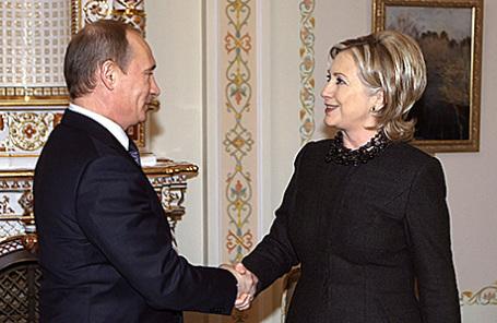 Премьер-министр России Владимир Путин и госсекретарь США Хиллари Клинтон, 2010 год.