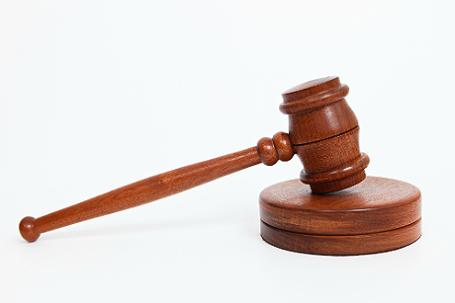 Схваченные судьи «помогали» отмывать сотни млн долларов через молдавские суды