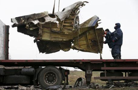 На месте крушения малайзийского «Боинга» под Донецком.