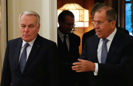 Сергей Лавров и Жан-Марк Эйро на встрече в Москве, 6 октября 2016 года.