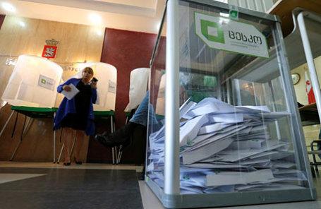 На одном из избирательных участков в Тбилиси.