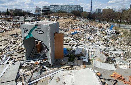 Незавершенное строительство жилых домов компании СУ-155 в Москве.
