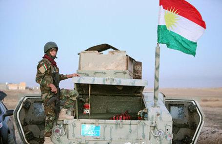 Бойцы курдского ополчения (пешмерга) и иракские военные начали операцию под Мосулом в Ираке.