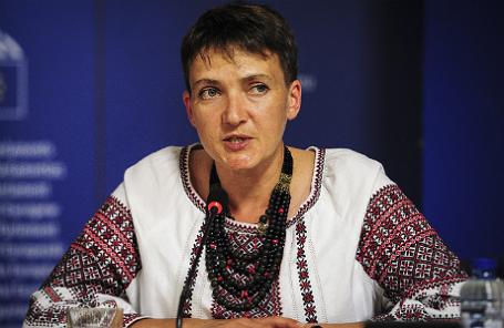 Надежда Савченко прилетела в столицу