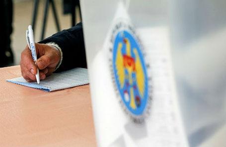 На избирательном участке в Молдавии.