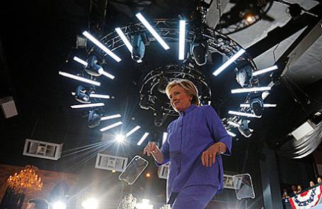 Работники ФБР скрывали связь заявлений Клинтон сдругим скандалом
