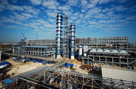 На территории Московского нефтеперерабатывающего завода.